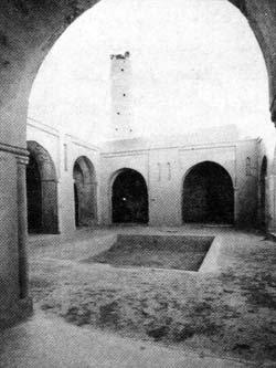 صحن مسجد جامع فهرج