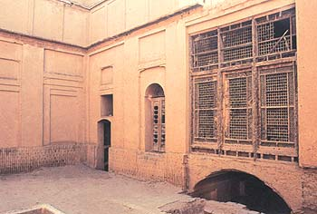 small courtyard of Mazar House